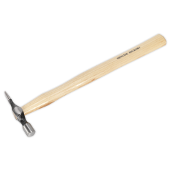 Ciocan cu maner din lemn